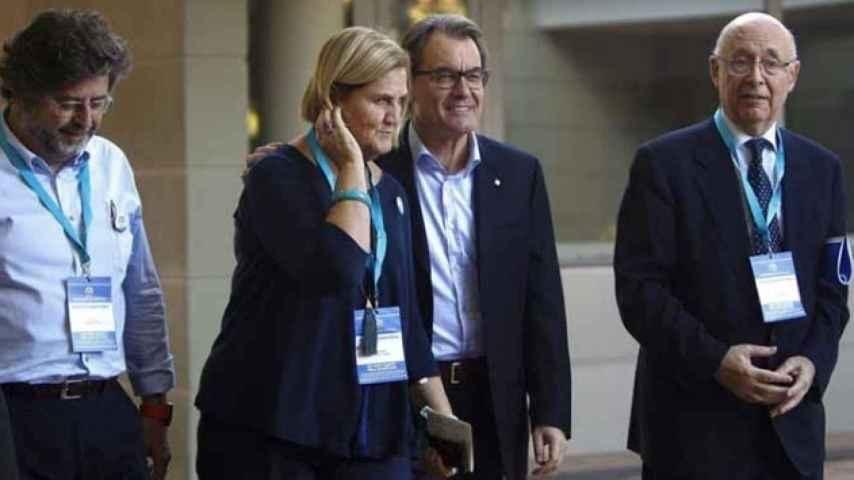 Antoni Castellà, líder de Demòcrates de Catalunya, con Núria de Gispert, Artur Mas y Joan Rigol.