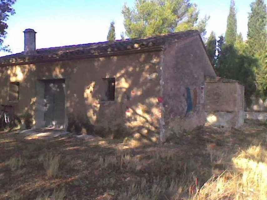 La cabaña donde estuvieron los tres jóvenes y apareció el primero de los cadáveres.