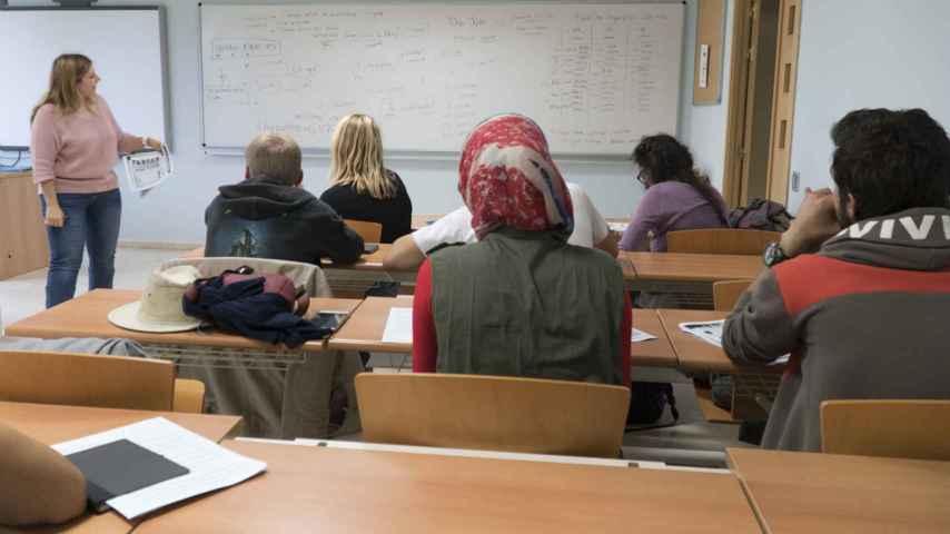 Diez refugiados comienzan en la Universidad Camilo José Cela sus estudios de grado
