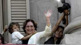 La maternidad y el activismo: las dos cosas que hacen feliz a Ada Colau