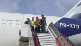 Patrick Nogueira Gouveia se entrega a la Guardia Civil en Barajas.