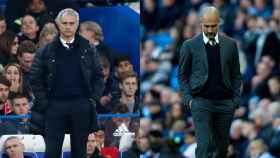 Mourinho y Guardiola durante los partidos ante Chelsea y Southampton.