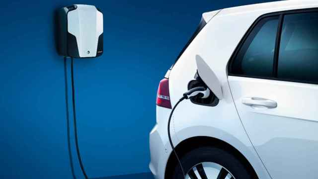 Del móvil a los coches eléctricos: el futuro avanza con baterías