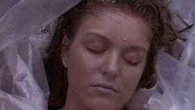El cadáver de Laura Palmer, asesinada en la serie Twin Peaks.