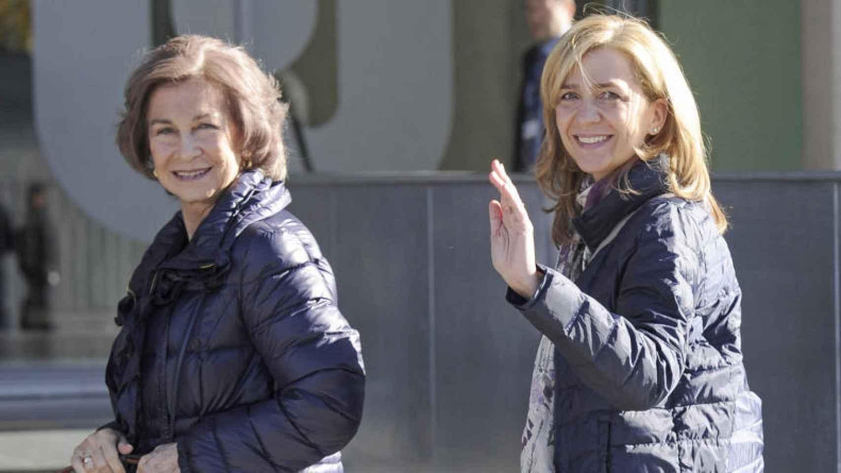 Doña Sofía siempre fue el gran apoyo de la infanta Cristina en los momentos más duros de la imputación por el Caso Nóos.
