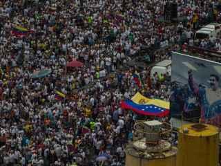 Vista general de la multitudinaria manifestación del miércoles 26 de octubre en Caracas.