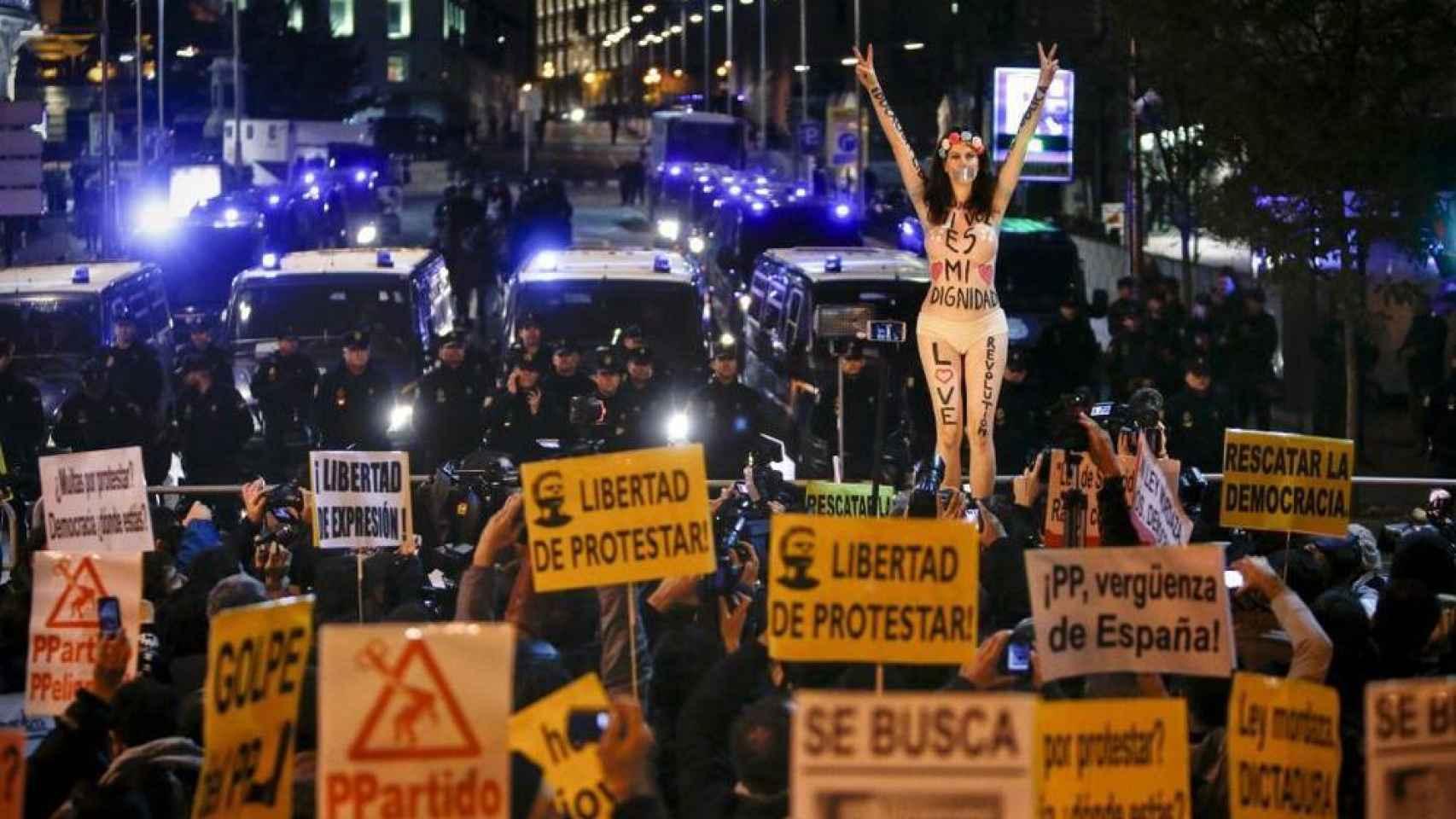 Jil Love, durante otra protesta en Madrid en diciembre de 2013.