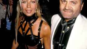 Donatella Versace, la diosa de la moda ha hecho resurgir el imperio que delegó de su hermano.