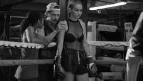 Gigi Hadid colabora con Stuart Weitzman para crear la Gigi Boot