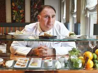 El chef José Andrés en su restaurante Minibar en Washington