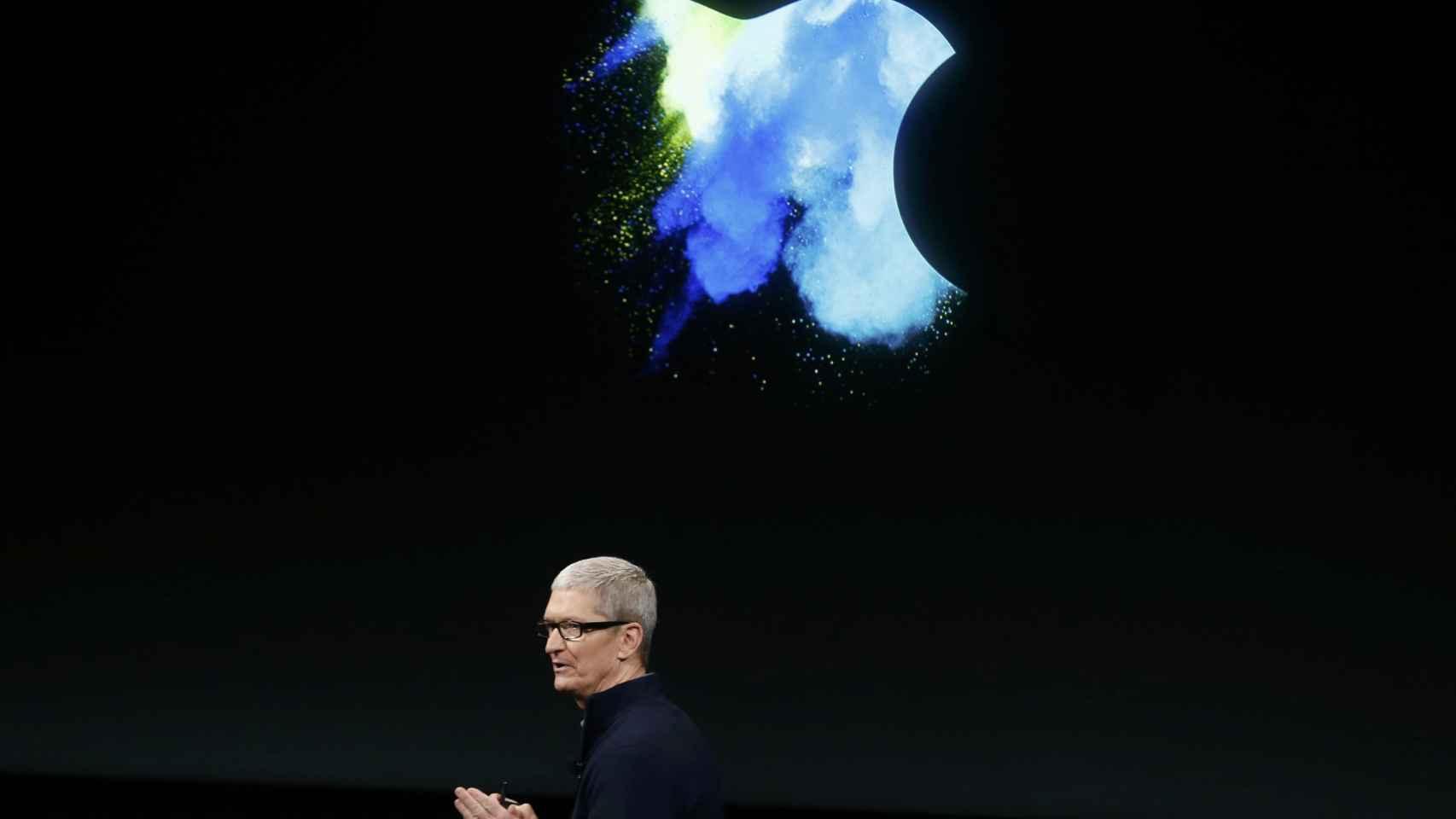 Tim Cook durante la última presentación de Apple.