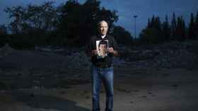 El regreso del 'Padre Coraje': 11 huellas nuevas para encontrar al asesino de su hijo