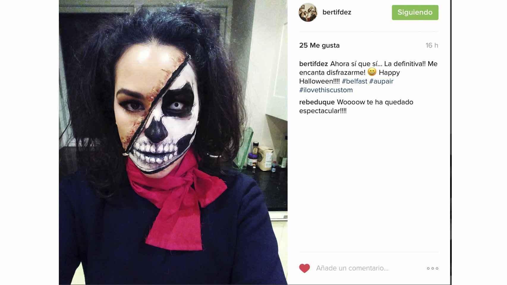 Berta Fernández Rourera disfrazada de esqueleto para la noche de los muertos.