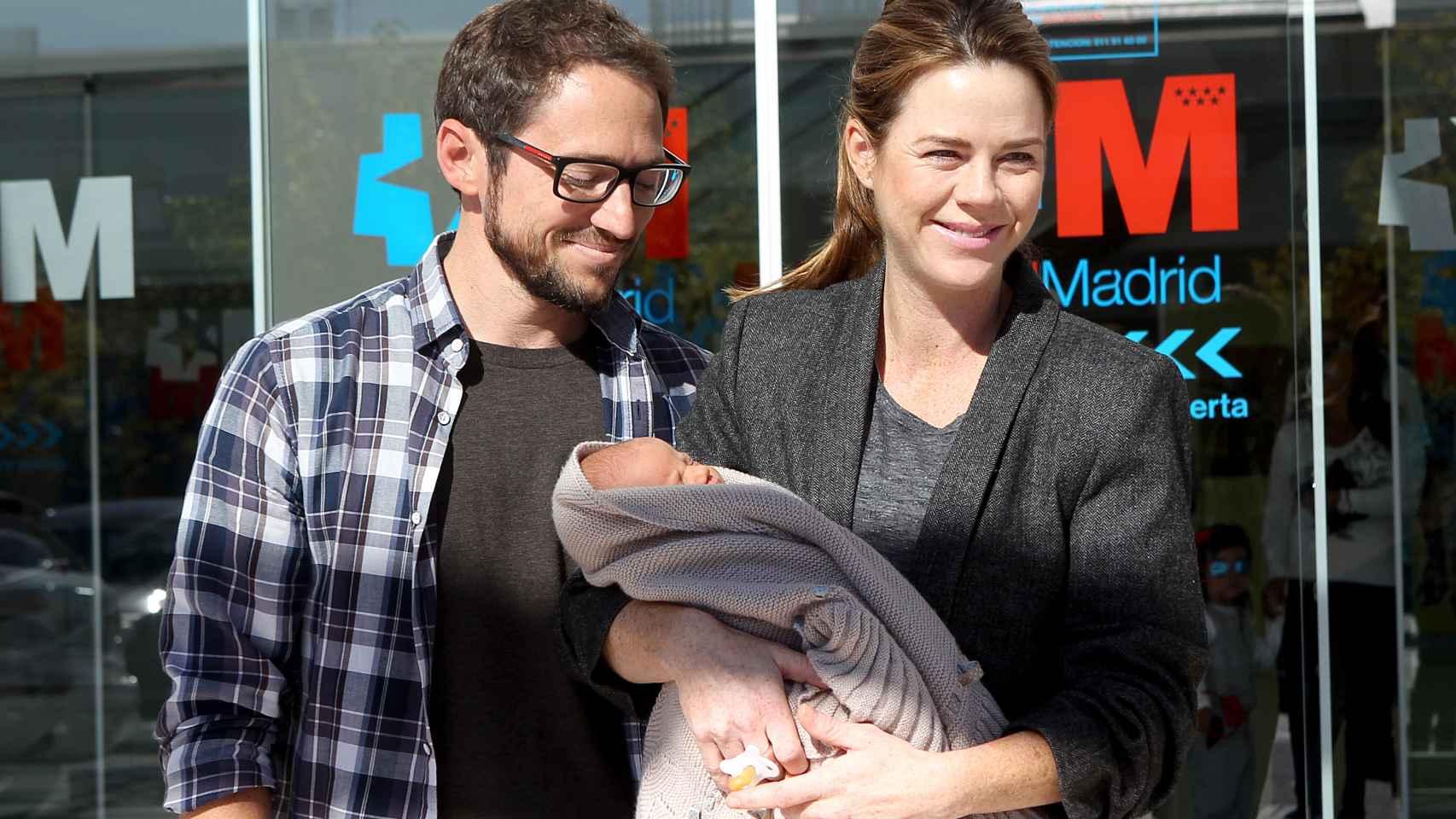 Las primeras imágenes de Jaime, el cuarto hijo de Amelia Bono