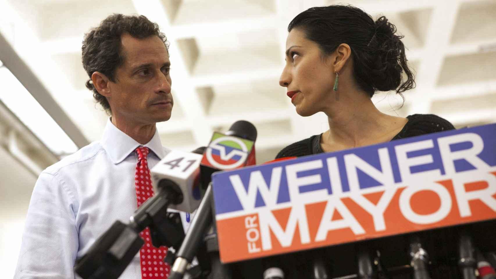 Weiner y Abedin en una imagen de 2013
