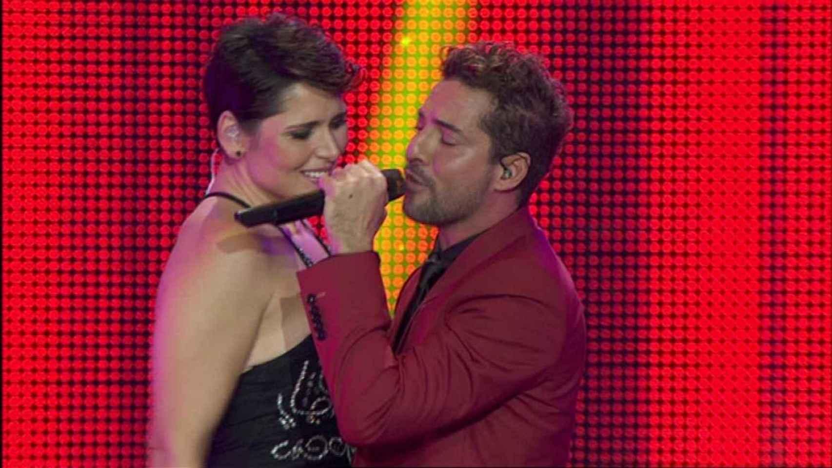 Rosa López y Bisbal durante el concierto de este lunes