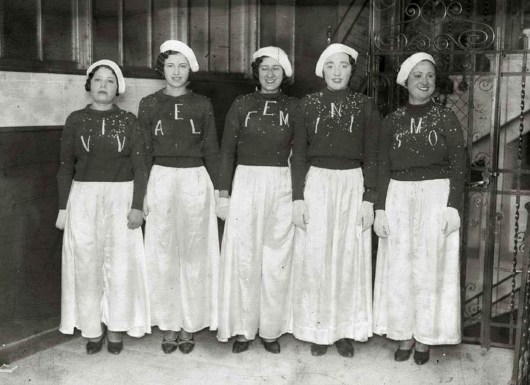 Pioneras feministas reivindicando su condición, en 1932.