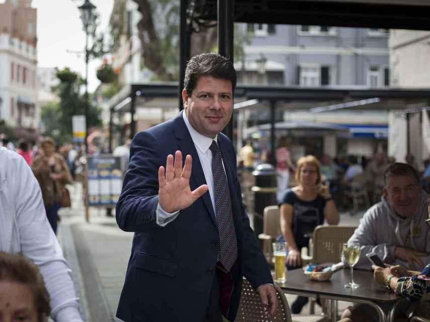 Fabian Picardo, ministro principal de Gibraltar, por Main Street.