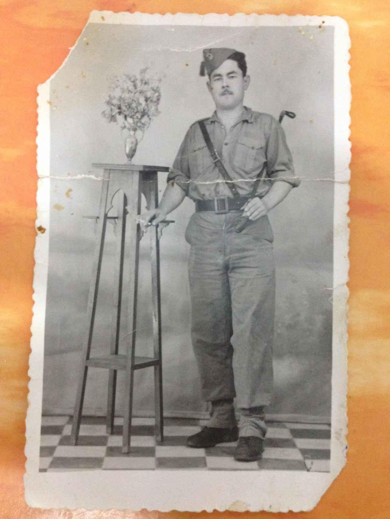 Juan Rufián tuvo accesos fugaces de locura durante el servicio militar, que lo hizo en Melilla a mediados de los  40 del siglo pasado.