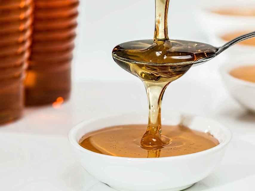 La miel tiene muchas propiedades nutricionales.