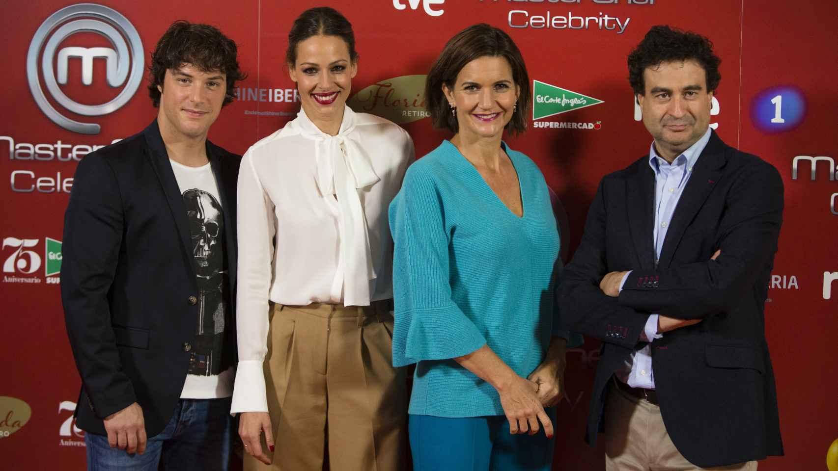 De izquierda a derecha, Jordi Cruz, Eva González, Samnatha Vallejo Nájera y Pepe Rodríguez