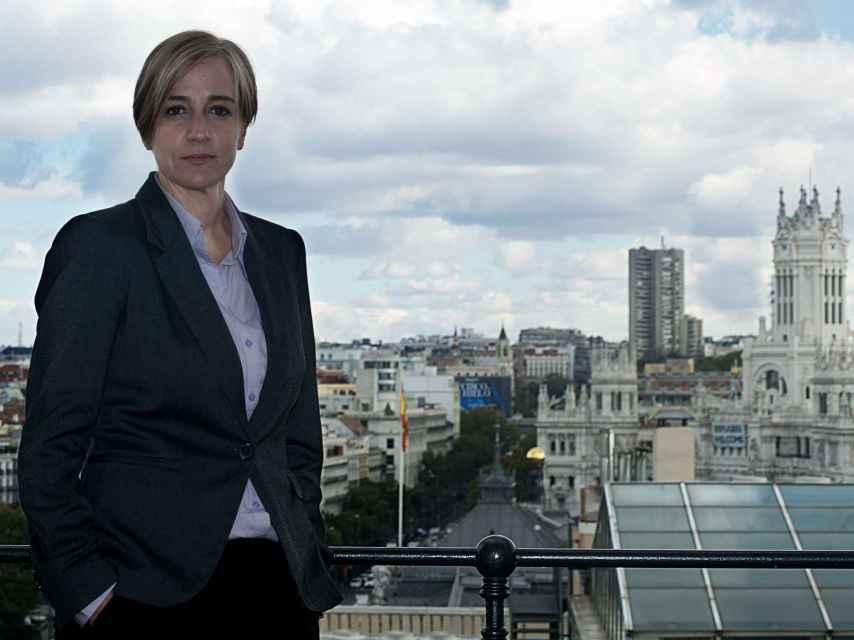 Tania Sánchez posa en la terraza del Círculo de Bellas Artes.