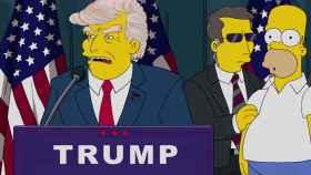 Homer Simpson con Doland Trump.