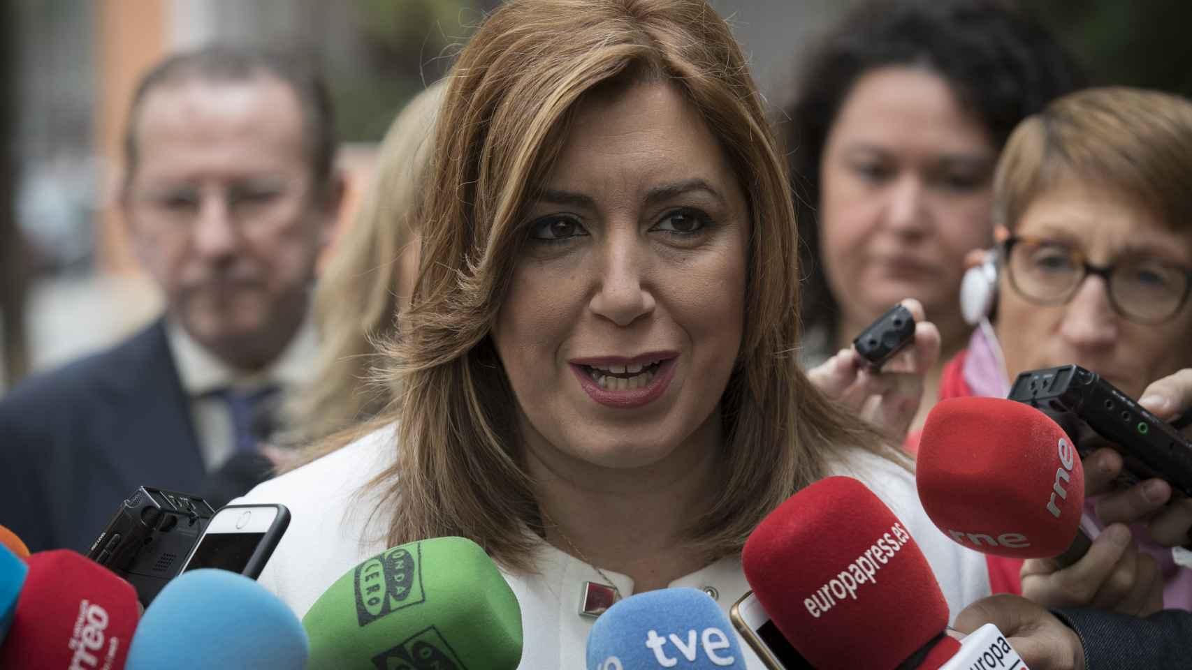 Susana Díaz durante una declaración a los medios en Sevilla.