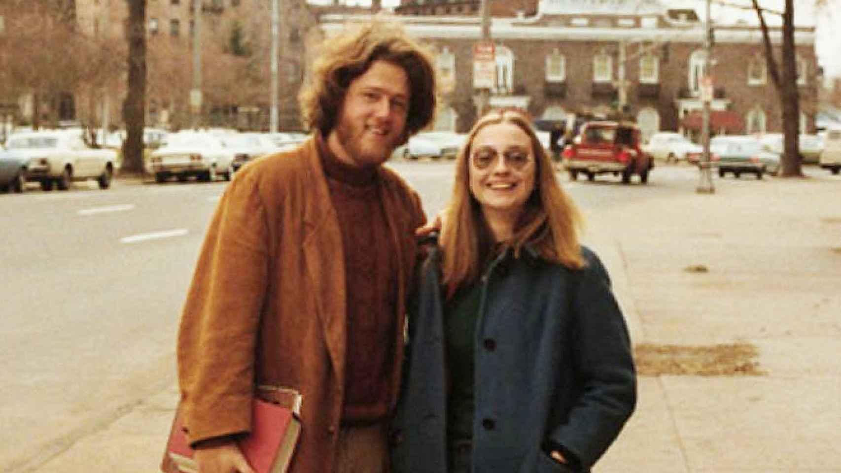 Hillary y Bill Clinton en sus años universitarios