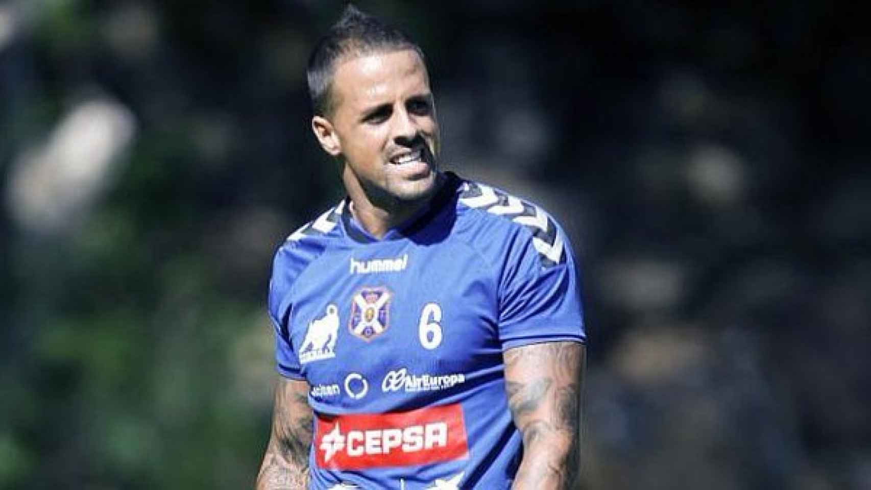 Vitolo, durante un entrenamiento del Tenerife.