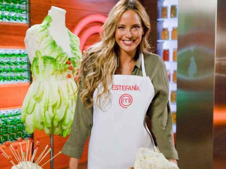 Imagen promocional del programa con Estefanía Luyk