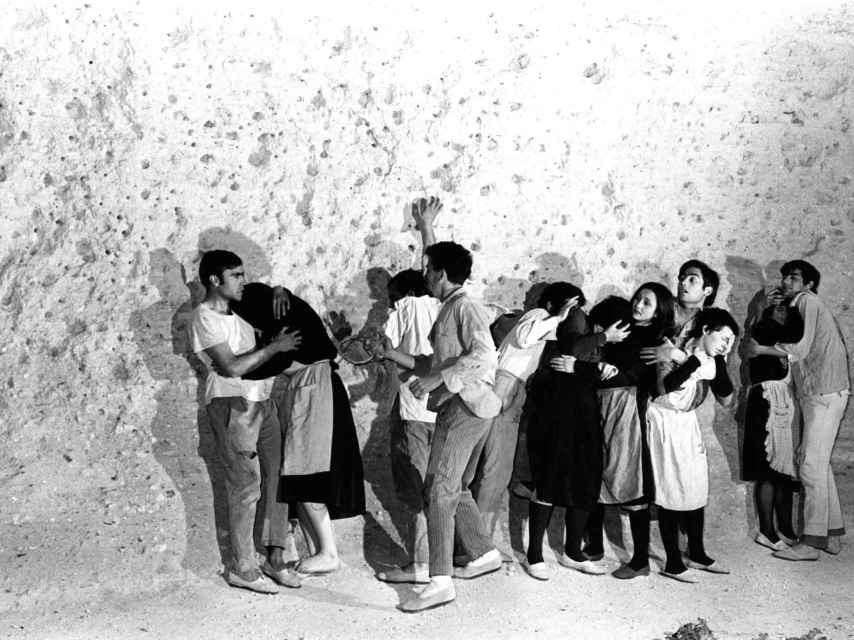 Un momento del montaje de la obra de teatro Oratorio, estrenada en 1969.