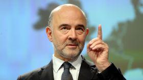 Moscovici cree que España volverá a incumplir el déficit este año
