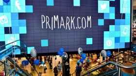 Interior de un establecimiento de Primark.
