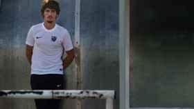 Javier Poves posa para EL ESPAÑOL en los campos Iker Casillas (Móstoles).
