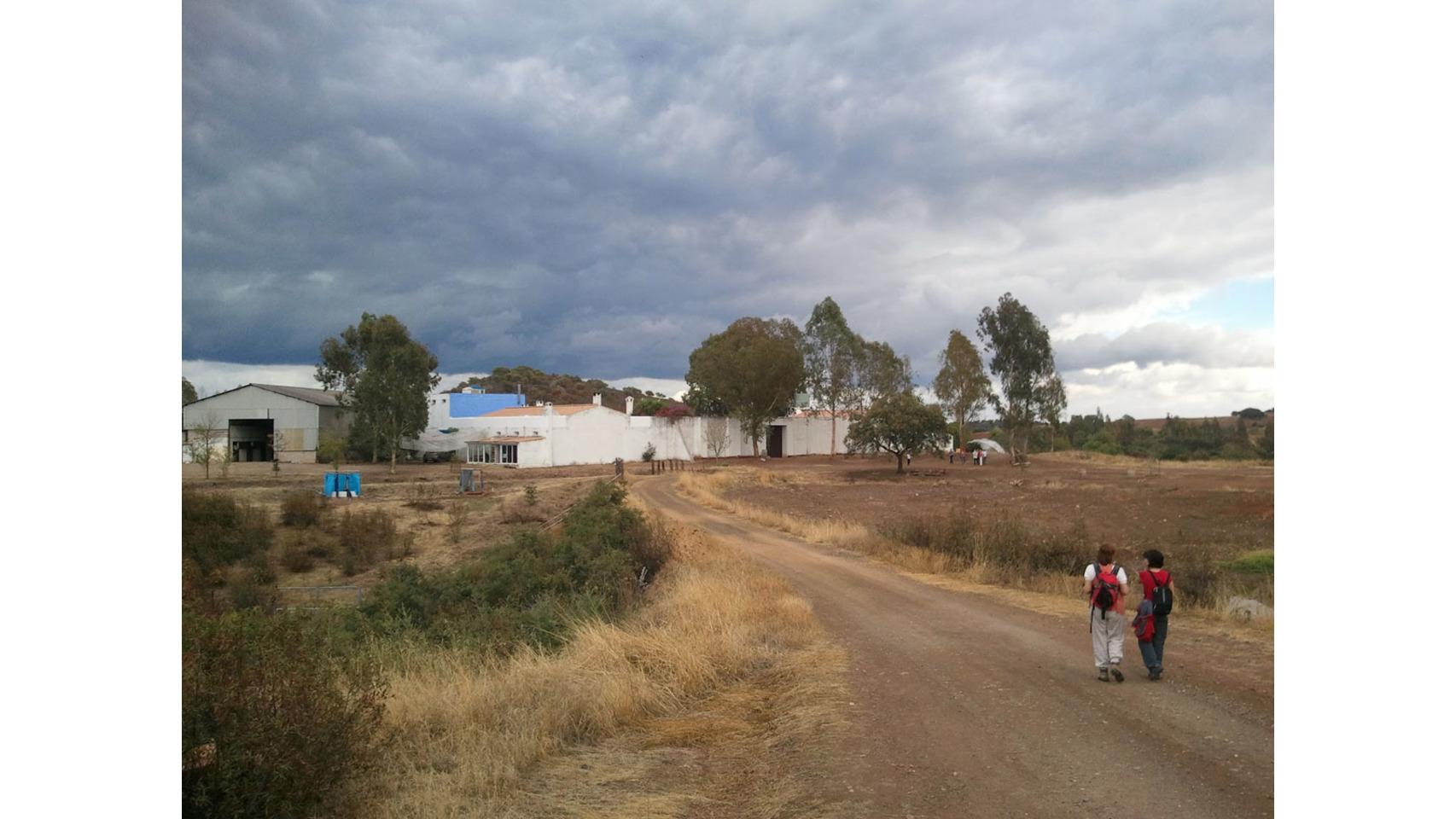 Los exteriores de la aldea Los Portales.