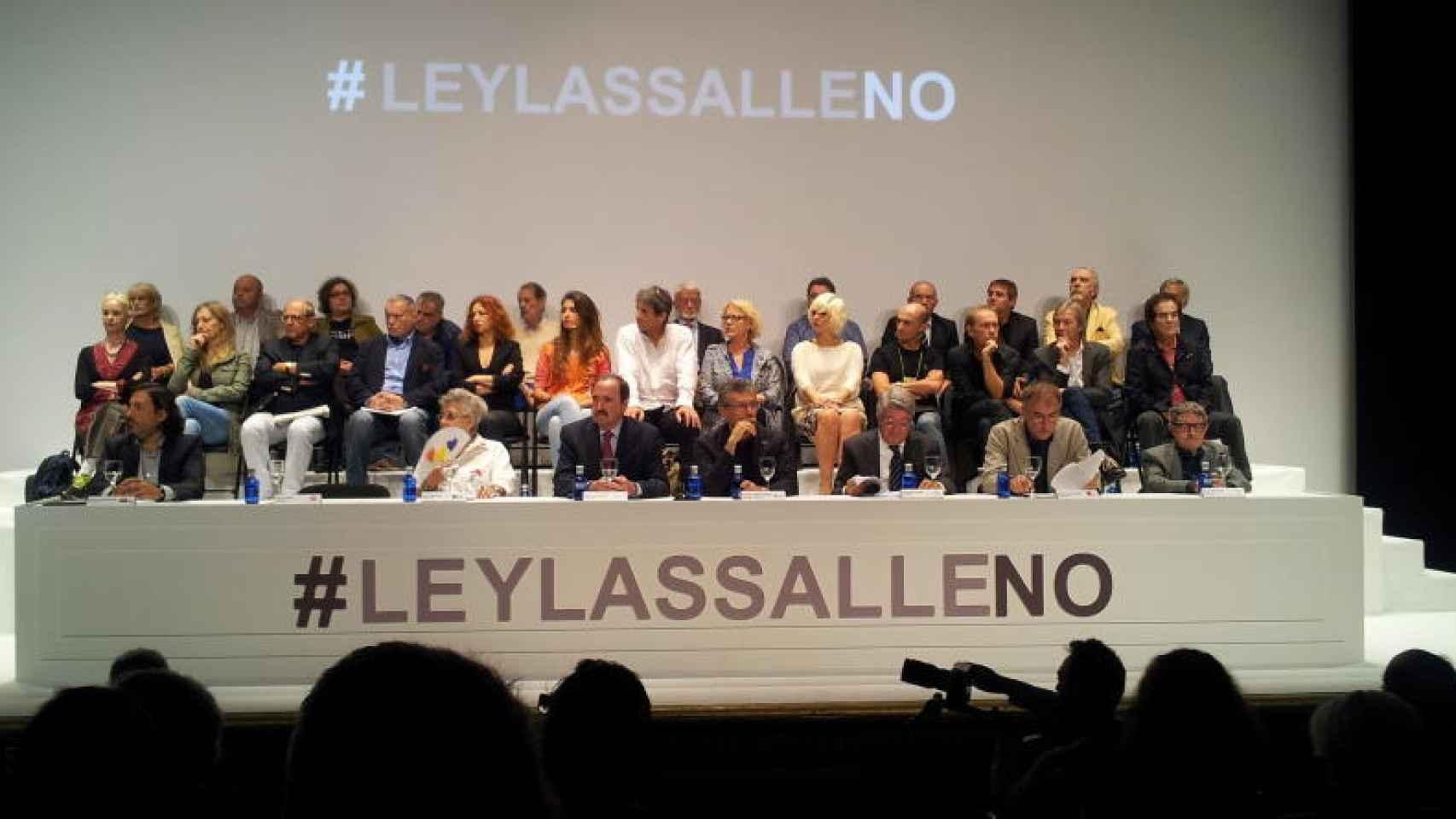 Reunión en el Círculo de Bellas Artes contra Lassalle, en 2014.