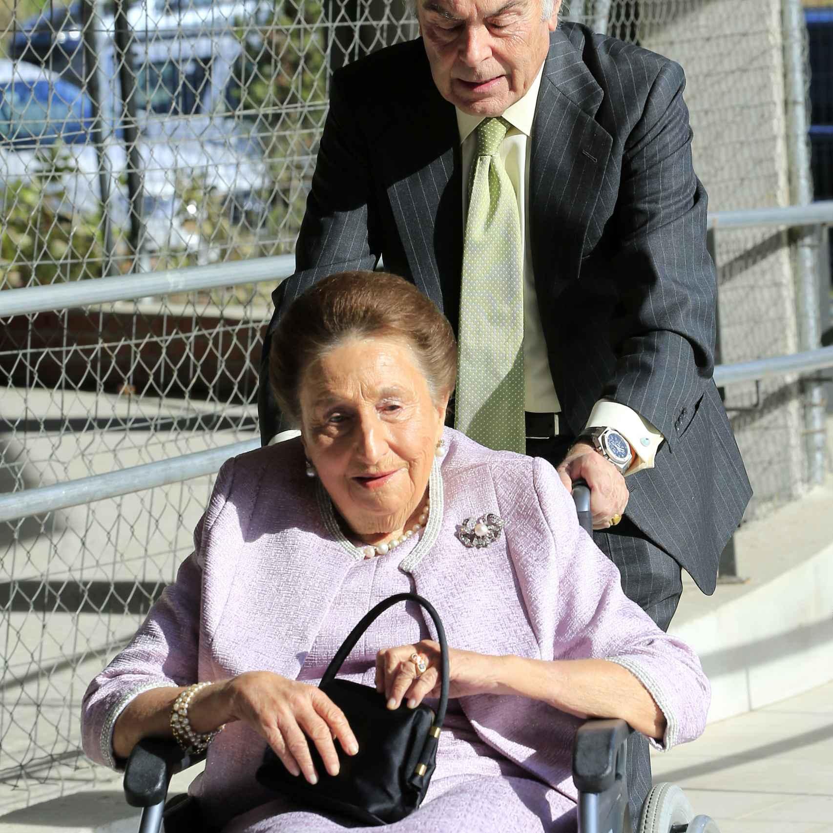 La infanta Margarita junto a su marido, el doctor Carlos Zurita.