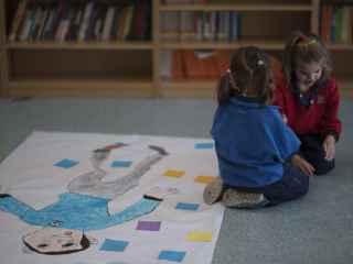 La escuela de filósofos busca que los niños  se cuestionen todo lo que les rodea