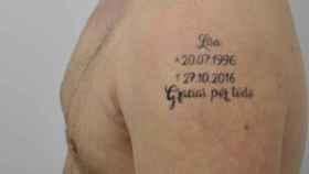 LA foto de uno de los tatuajes del detenido, con el nombre de la víctima.