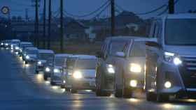 Atasco en la salida de una de las ciudades evacuadas.