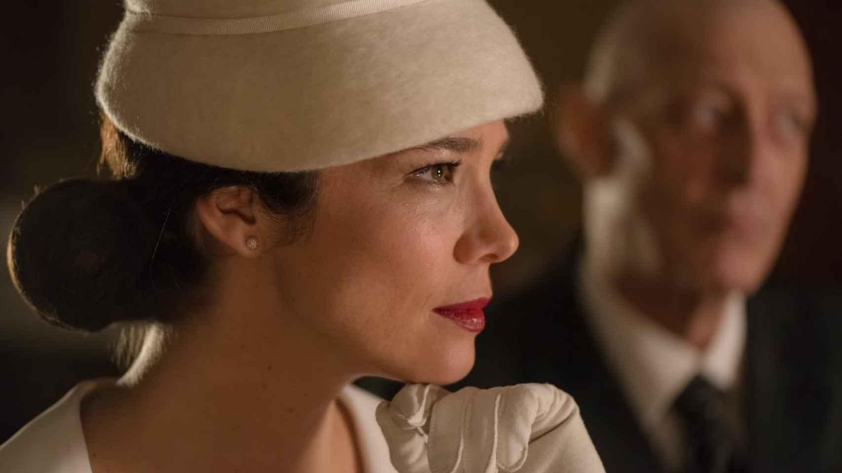 Juana Acosta en su personaje en la serie Velvet.