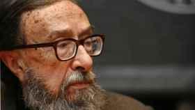 Juan Eduardo Zúñiga acaba de ganar el Premio Nacional de las Letras 2016.