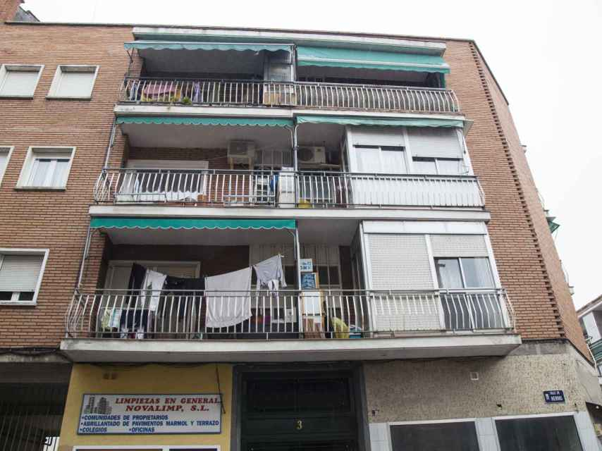 El edificio de la calle Hervás donde Juliana ha okupado uno de los pisos.