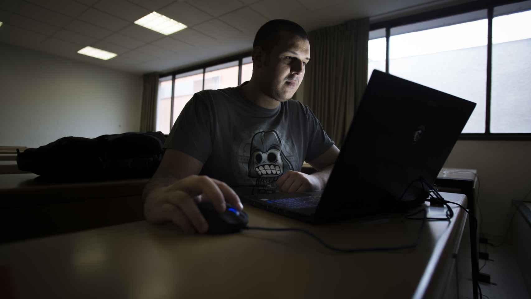 Francisco José Ramírez López, experto hacker en dispositivos móviles