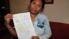 Juliana González fue desahuciada en 2011; ahora vive de 'okupa' en un piso de Bankia.