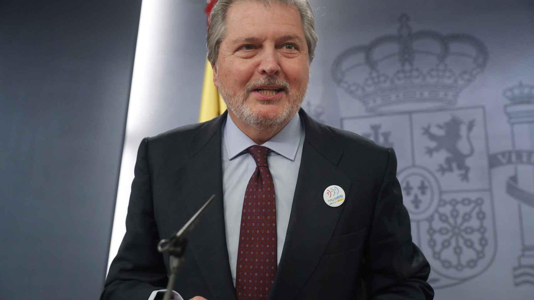 El ministro de Educación Méndez de Vigo en la rueda de prensa posterior al Consejo de Ministros
