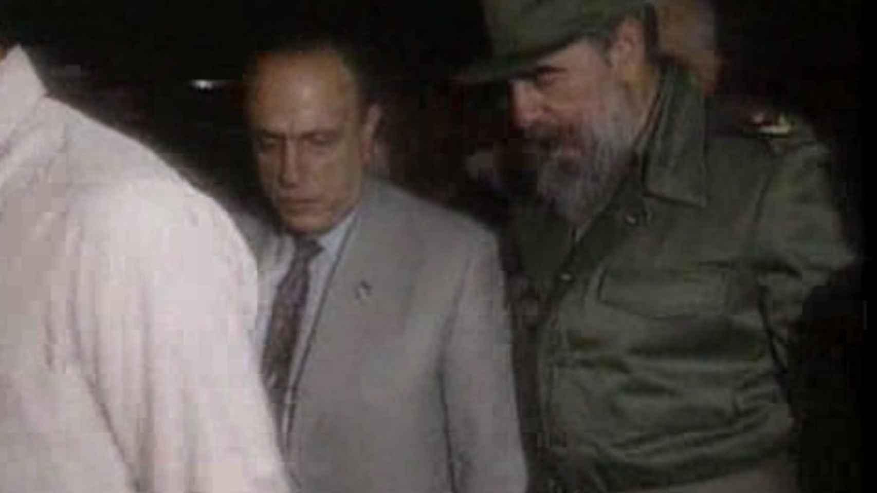 Fraga en su visita a Cuba en septiembre de 1991.