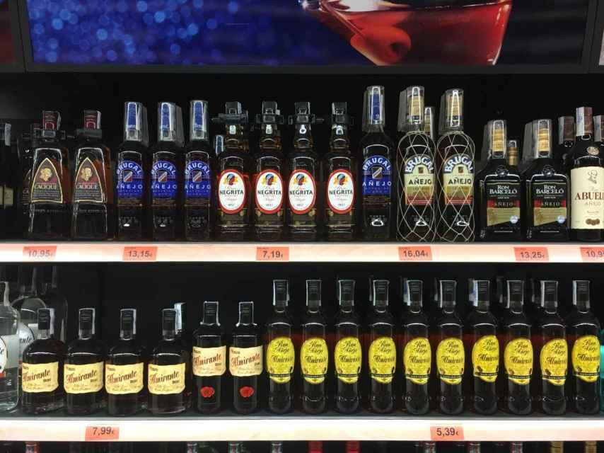 Diferencias de precios entre el ron 'original' y la marca blanca de Mercadona