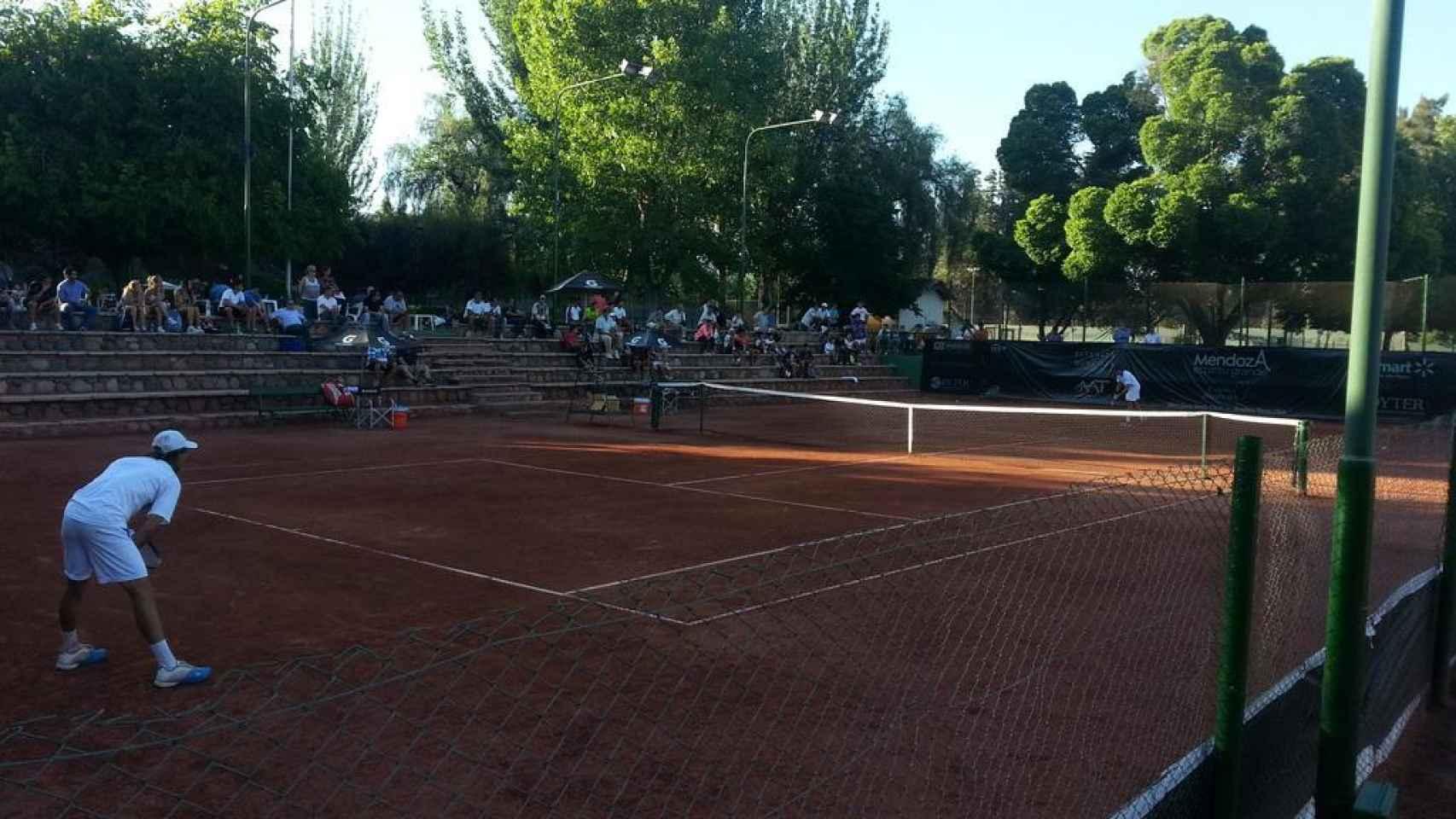 Imagen de un partido del Futures de Mendoza.